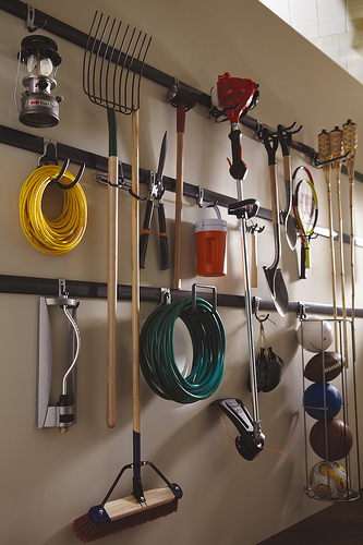 Rubbermaid Garage Organizer